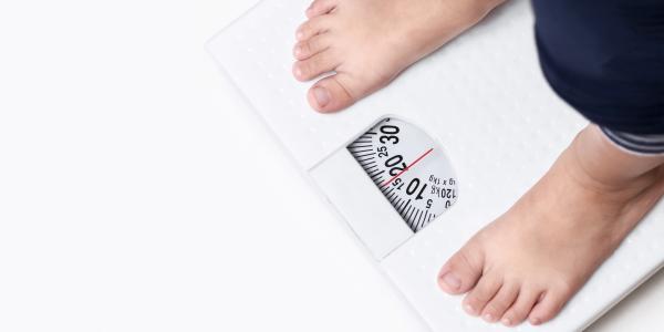 L'obésité chez les jeunes : le poids du milieu social