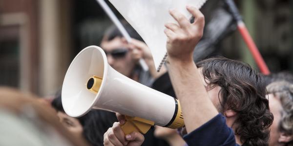 « La France n'a jamais été le pays des grèves »