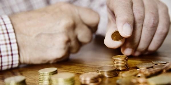 Qui devient pauvre et qui s'en sort ?